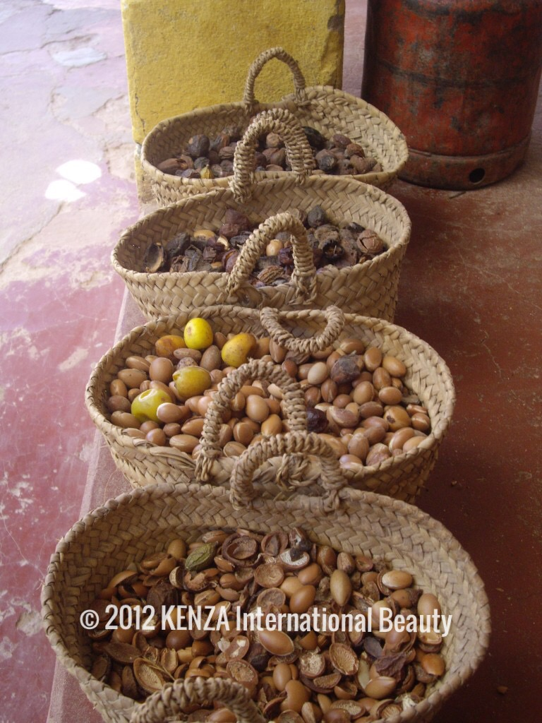 Argan Nuts in baskets Essaouira © 2012 KENZA International Beauty